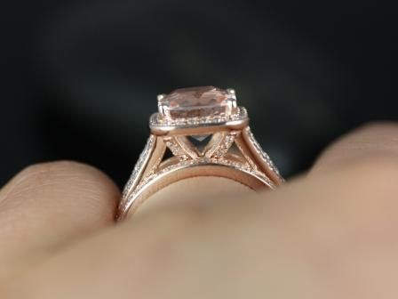 https://www.loveandpromisejewelers.com/media/catalog/product/cache/feefdef027ccf0d59dd1fef51db0610e/d/i/diana_8mm_14kt_rose_gold_cushion_morganite_and_diamond_halo_split_shank_wedding_set_2.jpg