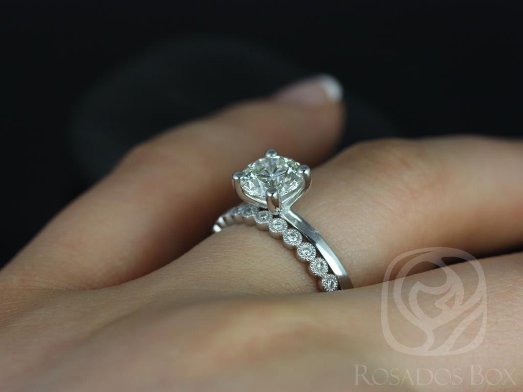 https://www.loveandpromisejewelers.com/media/catalog/product/cache/feefdef027ccf0d59dd1fef51db0610e/e/l/ella_7mm_petite_bubbles_14kt_white_gold_round_fb_moissanite_and_diamonds_wedding_set_4wm_.jpg