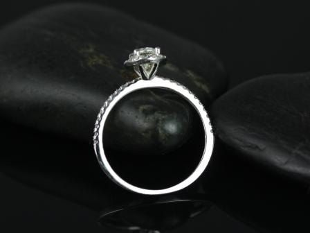 https://www.loveandpromisejewelers.com/media/catalog/product/cache/feefdef027ccf0d59dd1fef51db0610e/f/e/federella_7x5mm_wg_moissanite_2.jpg