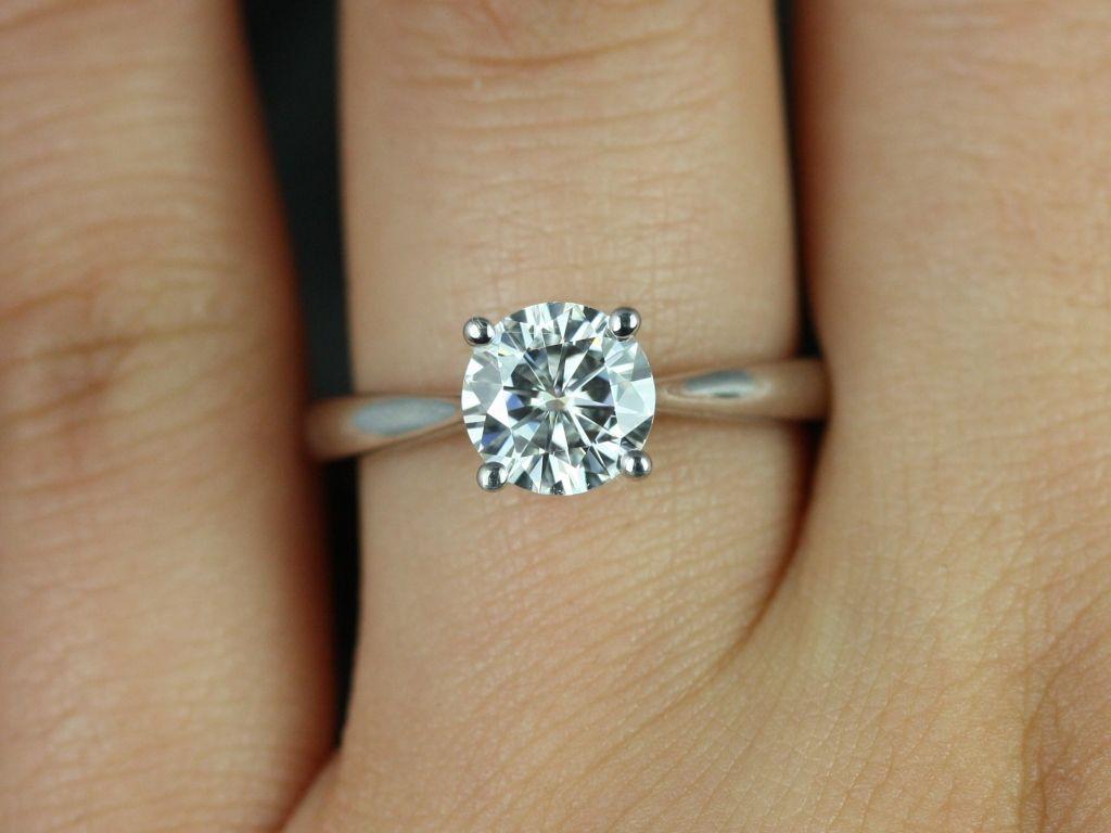 https://www.loveandpromisejewelers.com/media/catalog/product/cache/feefdef027ccf0d59dd1fef51db0610e/f/l/flora_medio_fb_moissanite_white_gold_engagement_ring_4_.jpg