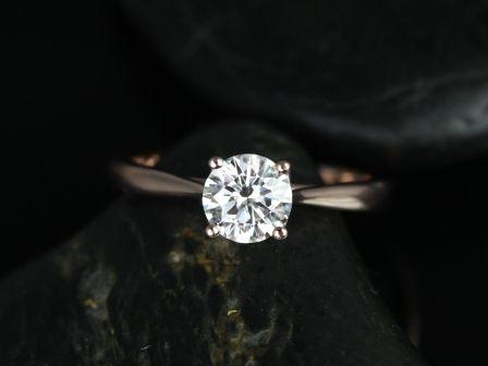 https://www.loveandpromisejewelers.com/media/catalog/product/cache/feefdef027ccf0d59dd1fef51db0610e/f/l/flora_moissanite_14kt_rose_gold_2_.jpg