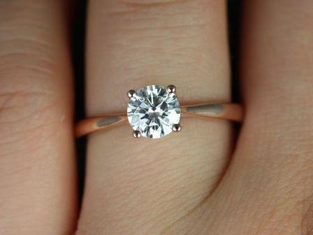 https://www.loveandpromisejewelers.com/media/catalog/product/cache/feefdef027ccf0d59dd1fef51db0610e/f/l/flora_moissanite_14kt_rose_gold_5_.jpg