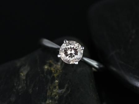 https://www.loveandpromisejewelers.com/media/catalog/product/cache/feefdef027ccf0d59dd1fef51db0610e/f/l/flora_morganite_14kt_white_gold_2_.jpg