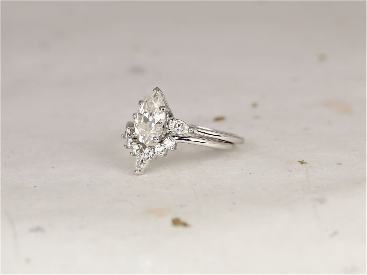 https://www.loveandpromisejewelers.com/media/catalog/product/cache/feefdef027ccf0d59dd1fef51db0610e/h/t/httpsi.etsystatic.com6659792ril0a0de22056224802ilfullxfull.2056224802liw1.jpg