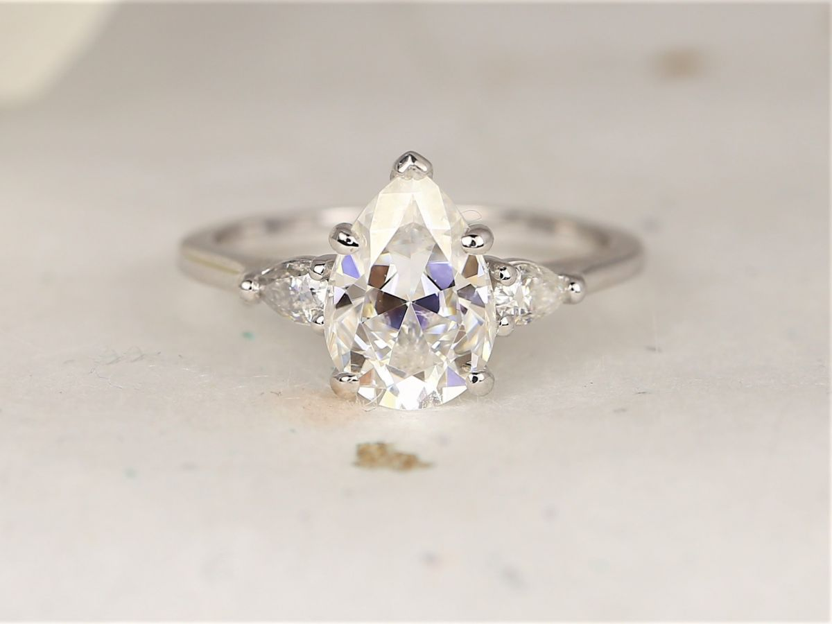 https://www.loveandpromisejewelers.com/media/catalog/product/cache/feefdef027ccf0d59dd1fef51db0610e/h/t/httpsi.etsystatic.com6659792ril0a3a682103662625ilfullxfull.2103662625jyp7.jpg