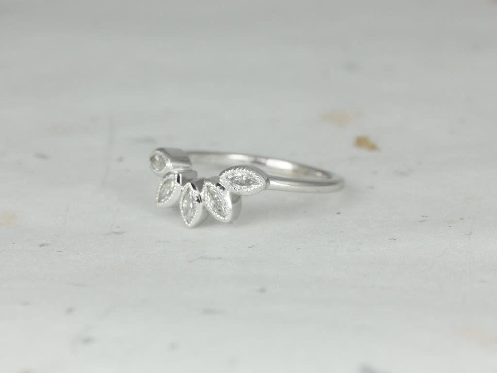 https://www.loveandpromisejewelers.com/media/catalog/product/cache/feefdef027ccf0d59dd1fef51db0610e/h/t/httpsi.etsystatic.com6659792ril5d2f701672497239ilfullxfull.1672497239i16y.jpg