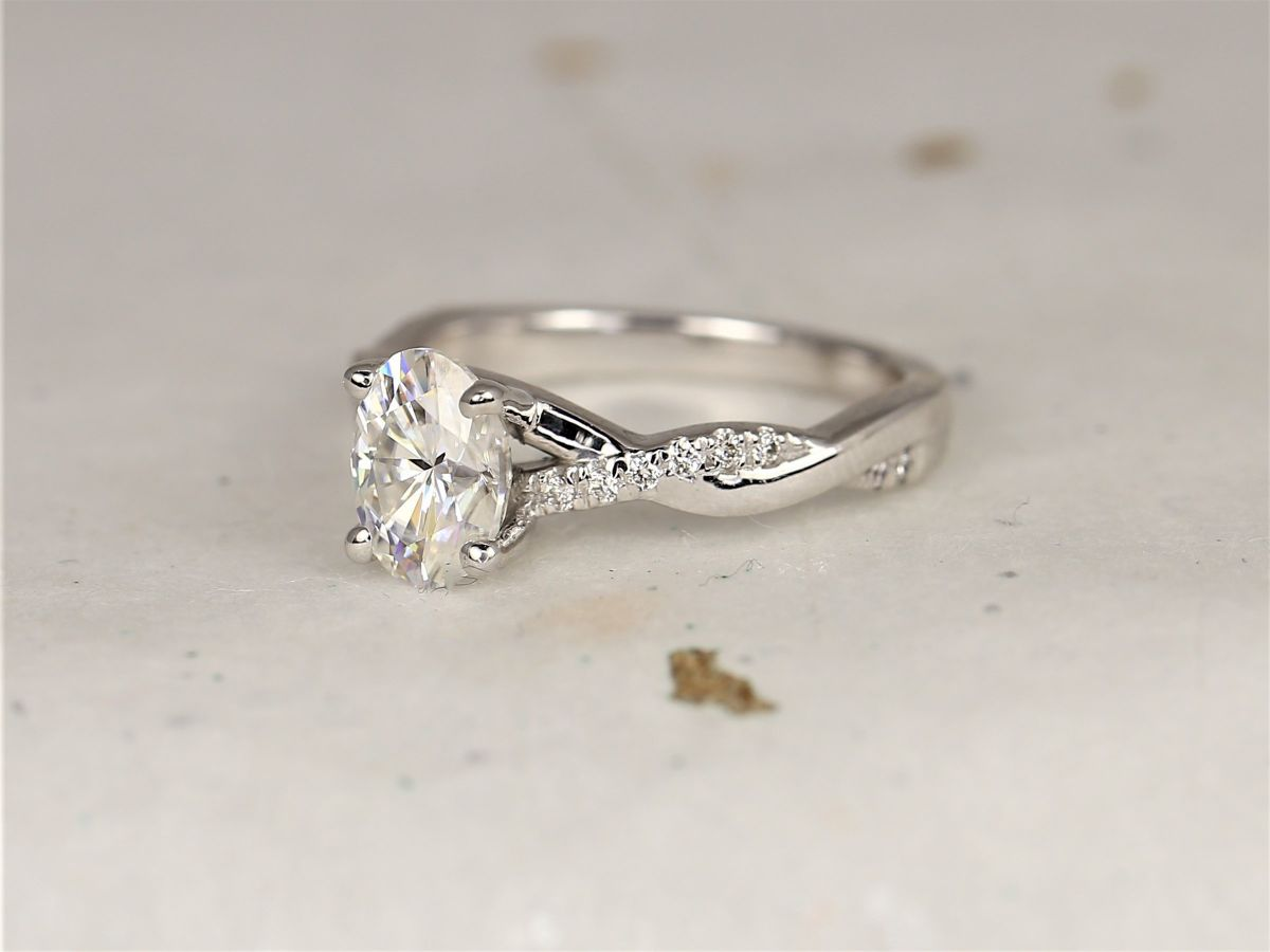 https://www.loveandpromisejewelers.com/media/catalog/product/cache/feefdef027ccf0d59dd1fef51db0610e/h/t/httpsi.etsystatic.com6659792ril62263b2103488155ilfullxfull.2103488155pme1.jpg