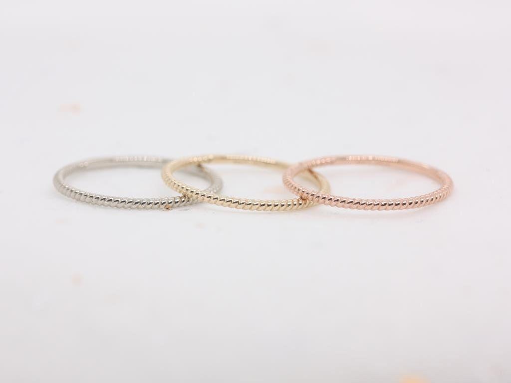 https://www.loveandpromisejewelers.com/media/catalog/product/cache/feefdef027ccf0d59dd1fef51db0610e/h/t/httpsi.etsystatic.com6659792ril6b15a21800574996ilfullxfull.18005749961yn7.jpg