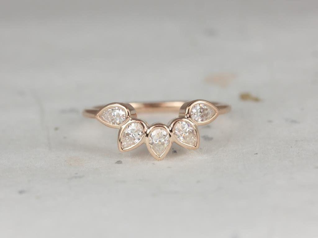 https://www.loveandpromisejewelers.com/media/catalog/product/cache/feefdef027ccf0d59dd1fef51db0610e/h/t/httpsi.etsystatic.com6659792ril9dfd361668294488ilfullxfull.1668294488fdti.jpg