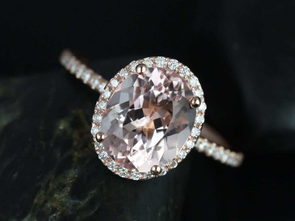 https://www.loveandpromisejewelers.com/media/catalog/product/cache/feefdef027ccf0d59dd1fef51db0610e/j/e/jessica_original_size_14kt_rose_gold_oval_morganite_and_diamonds_halo_engagement_ring_2__1.jpg