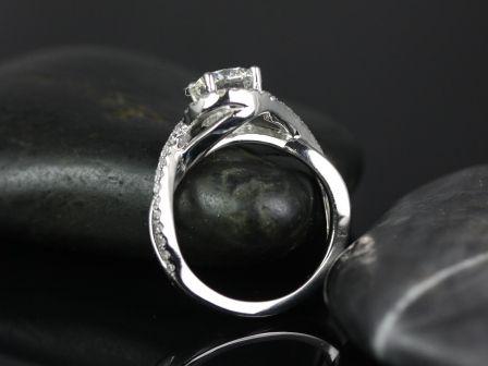 https://www.loveandpromisejewelers.com/media/catalog/product/cache/feefdef027ccf0d59dd1fef51db0610e/m/a/martiza_fb_moissanite_engagement_ring_5_.jpg