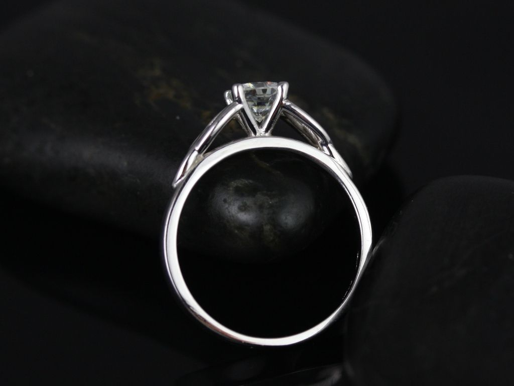https://www.loveandpromisejewelers.com/media/catalog/product/cache/feefdef027ccf0d59dd1fef51db0610e/m/c/mccara_medio_size_fb_cushion_moissanite_white_gold_engagement_ring_3_.jpg