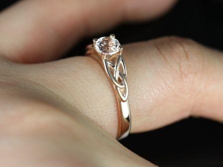 https://www.loveandpromisejewelers.com/media/catalog/product/cache/feefdef027ccf0d59dd1fef51db0610e/m/c/mccara_morganite_14kt_rose_gold_6_.jpg