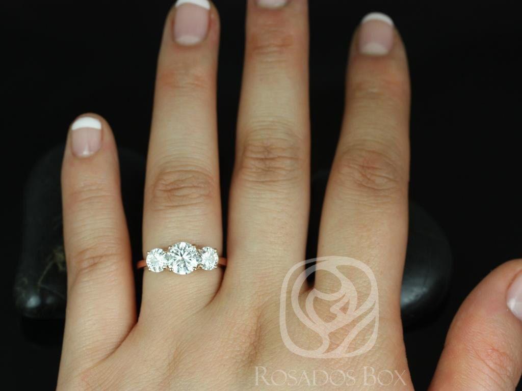 https://www.loveandpromisejewelers.com/media/catalog/product/cache/feefdef027ccf0d59dd1fef51db0610e/r/o/robyn_4_1.jpg