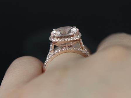 https://www.loveandpromisejewelers.com/media/catalog/product/cache/feefdef027ccf0d59dd1fef51db0610e/s/a/samina_queen_size_morganite_diamond_wedding_set_6_.jpg