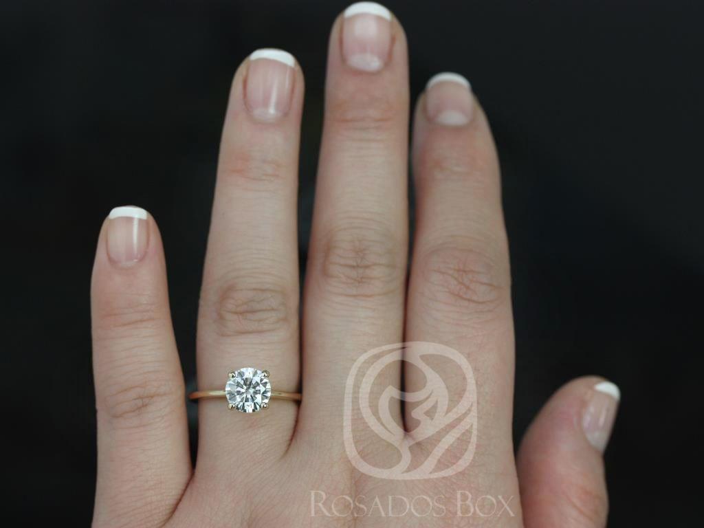 https://www.loveandpromisejewelers.com/media/catalog/product/cache/feefdef027ccf0d59dd1fef51db0610e/s/k/skinny_alberta_7.5mm_14kt_yellow_gold_round_fb_moissanite_tulip_solitaire_engagement_ring_5_.jpg