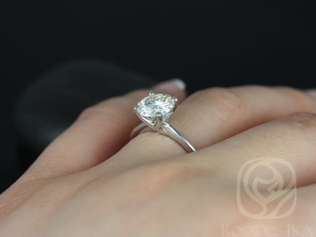 https://www.loveandpromisejewelers.com/media/catalog/product/cache/feefdef027ccf0d59dd1fef51db0610e/s/k/skinny_alberta_8mm_14kt_white_gold_round_fb_moissanite_tulip_solitaire_engagement_ring_other_metals_and_stone_options_available_5wm.jpg