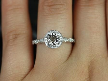 https://www.loveandpromisejewelers.com/media/catalog/product/cache/feefdef027ccf0d59dd1fef51db0610e/s/u/sunny_morganite_with_milgrain_engagement_ring_4_.jpg