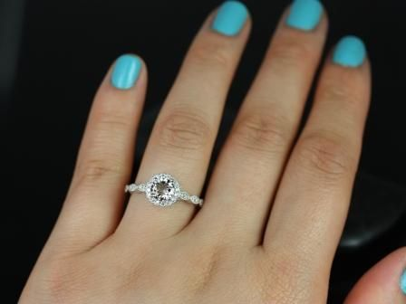 https://www.loveandpromisejewelers.com/media/catalog/product/cache/feefdef027ccf0d59dd1fef51db0610e/s/u/sunny_morganite_with_milgrain_engagement_ring_5_.jpg