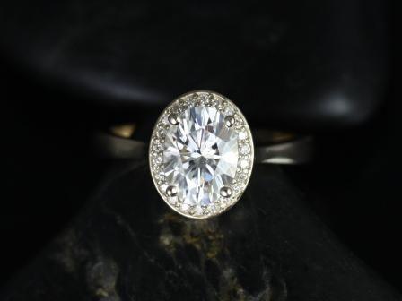 https://www.loveandpromisejewelers.com/media/catalog/product/cache/feefdef027ccf0d59dd1fef51db0610e/s/w/swink_oval_fb_moissanite_14kt_yellow_gold_3_.jpg