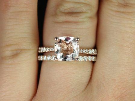 https://www.loveandpromisejewelers.com/media/catalog/product/cache/feefdef027ccf0d59dd1fef51db0610e/t/a/taylor_cushion_moganite_rose_gold_wedding_set_4_.jpg